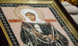 В Успенский собор Смоленска прибыла икона блаженной Матроны Московской